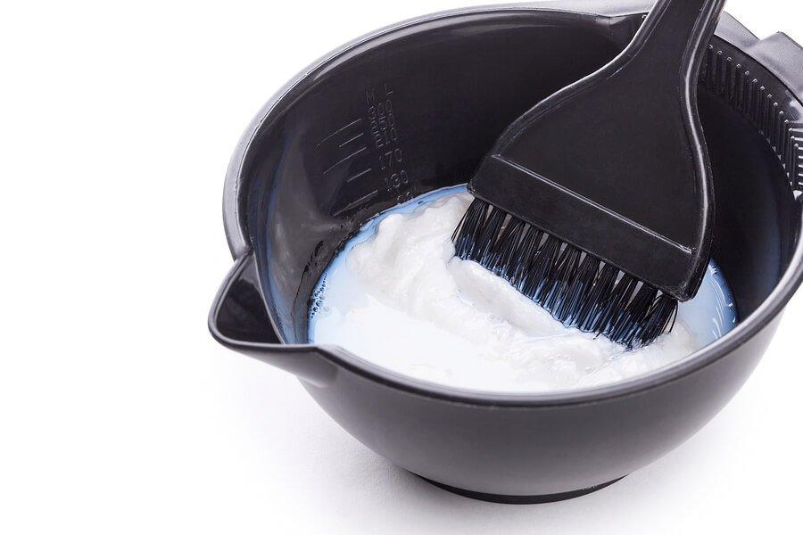mixing bleach powder and developer